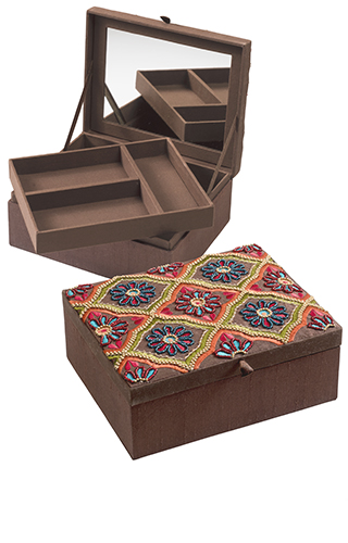 Embroidered flower design jewellery box Jewellery Boxes Bags