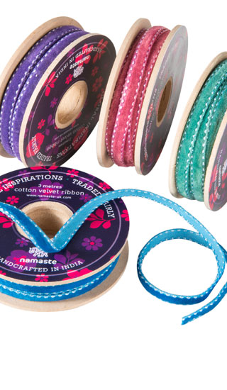 3 mtrs of edged cotton velvet ribbon > Craft Accessories